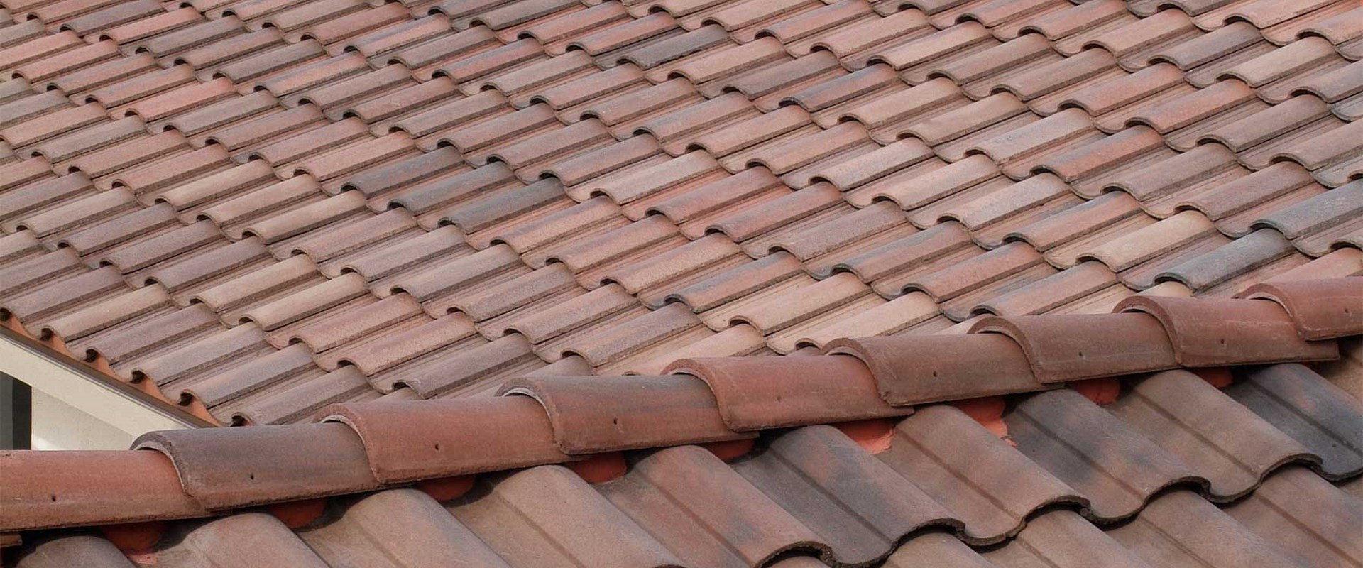 Best Roofing Materials for the Phoenix, AZ Summers