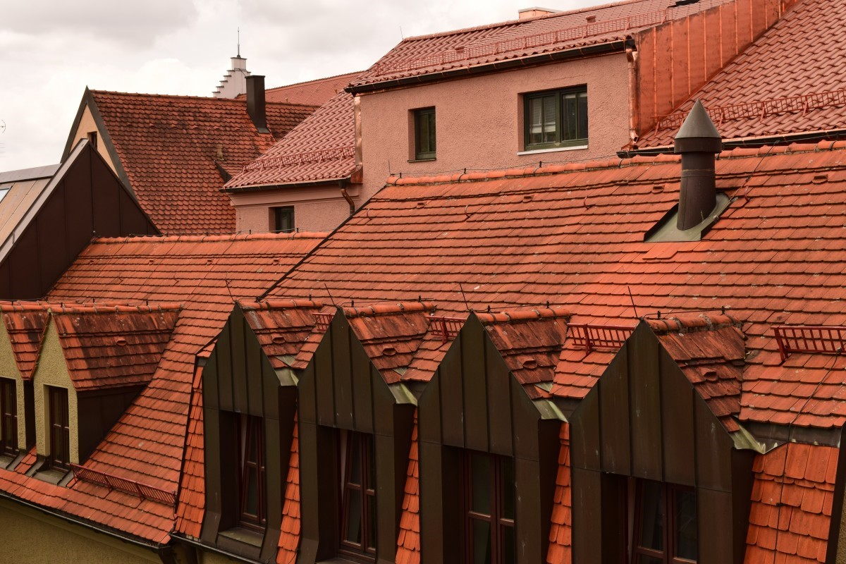 How to Hire the Best Roofer for Your Residential Roofing