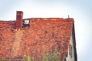 3 Crucial Signs That Your Roof Needs Immediate Attention