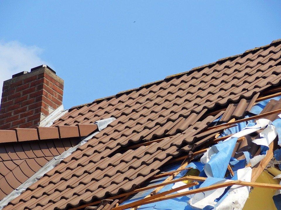 3 Reasons to Have Professional Roof Inspection to Assess Storm Damage