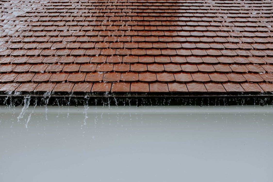 Read more about the article Emergency Roofing Repairs: Prevent Further Damage to Your Roof