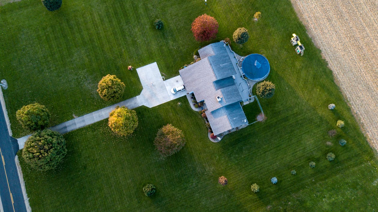 Read more about the article Roofing: To Replace or Not to Replace? That is the Question